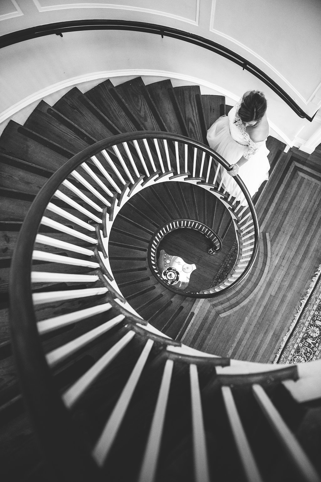 Stephanie+Chad-LowndesGroveWeddingbyAaronandJillianPhotography-436