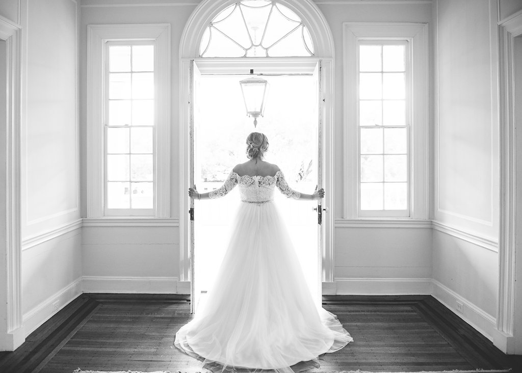 Stephanie+Chad-LowndesGroveWeddingbyAaronandJillianPhotography-440