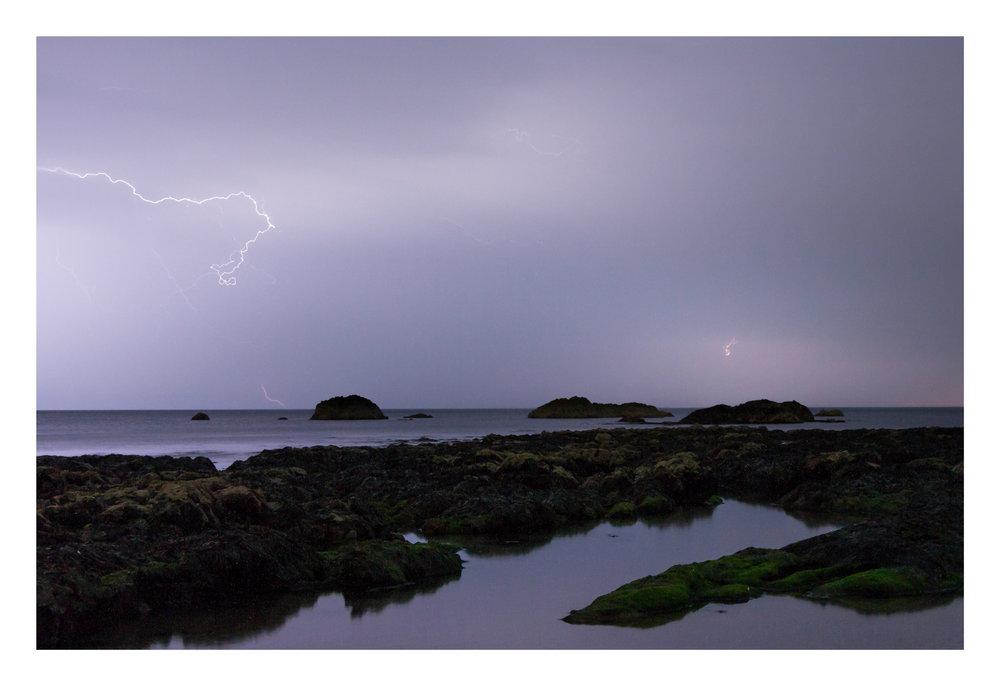 Benvoy Lightning 3-2.jpg