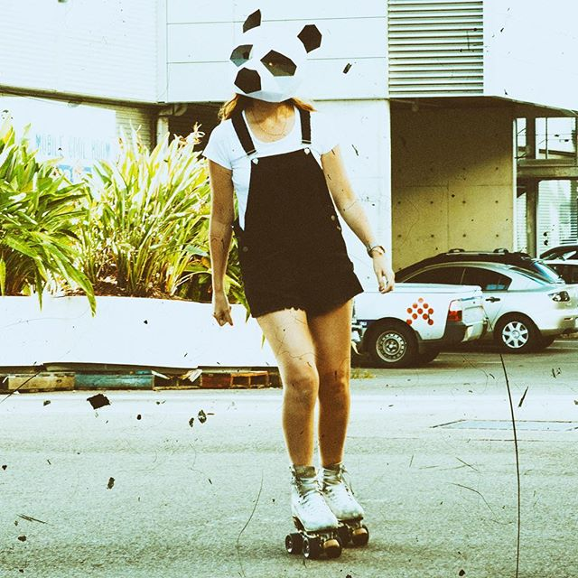 FBM...once a panda fan...always a panda fan 🐼Roller-Panda 4eva #rollerskating #panda #events #tokyodisco #seriously #fun #instagood #instaevent @legsonthewall @rollerfit
