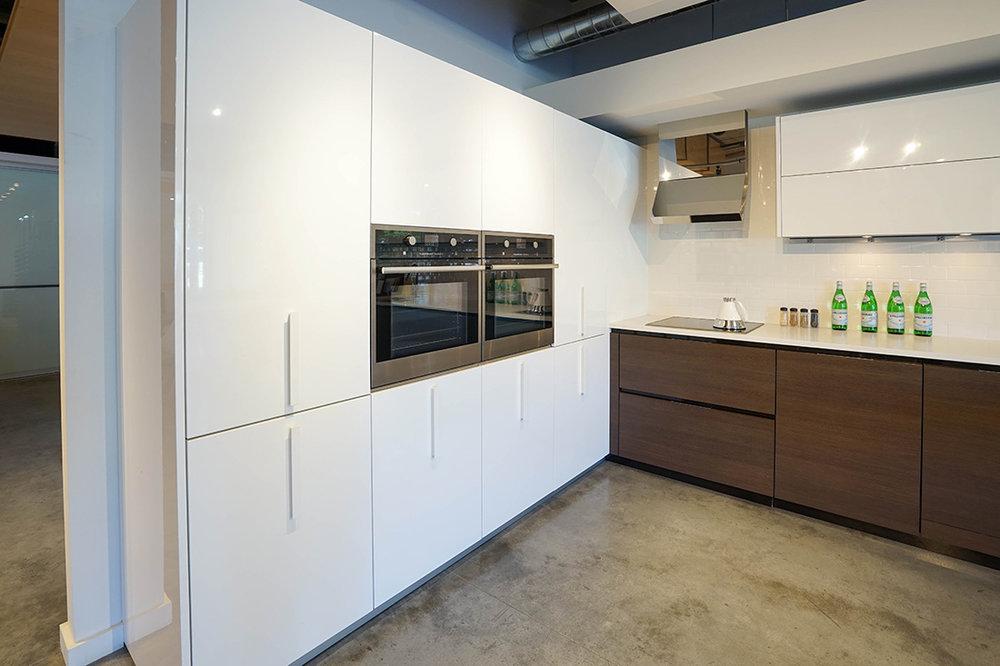Floor Model Sale - Kitchens, Cabinets, Counters - Pedini Seattle