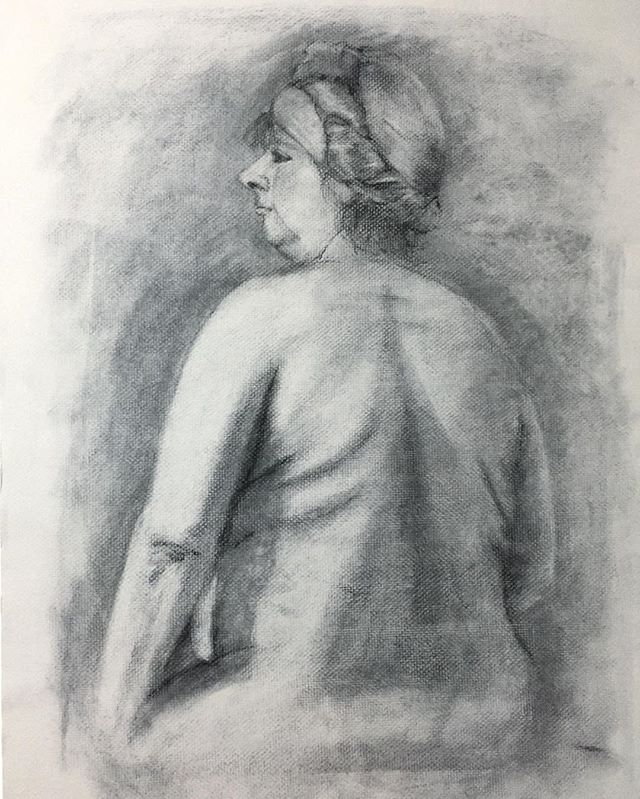My old life-drawing back in 2009.  #lifedrawing #chalk #charcoal #drawing #art #class #csulb #moet #moetart #moenotsu #model #nude #quicksketch