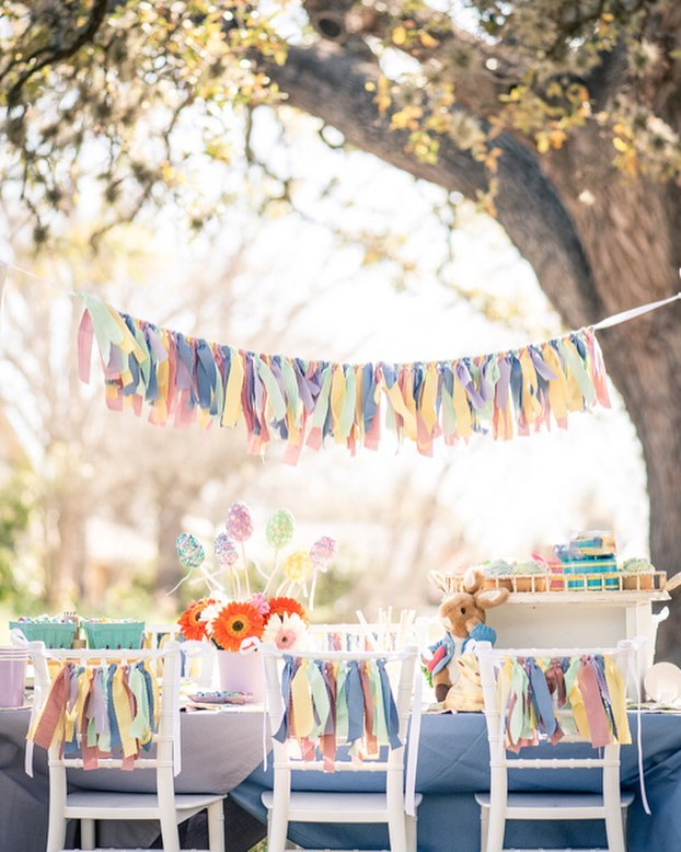 When your Easter picnic is on point. 🌸🐰🐣 .⠀ #enchantmenteventdecor #austinphotographer #easterparty