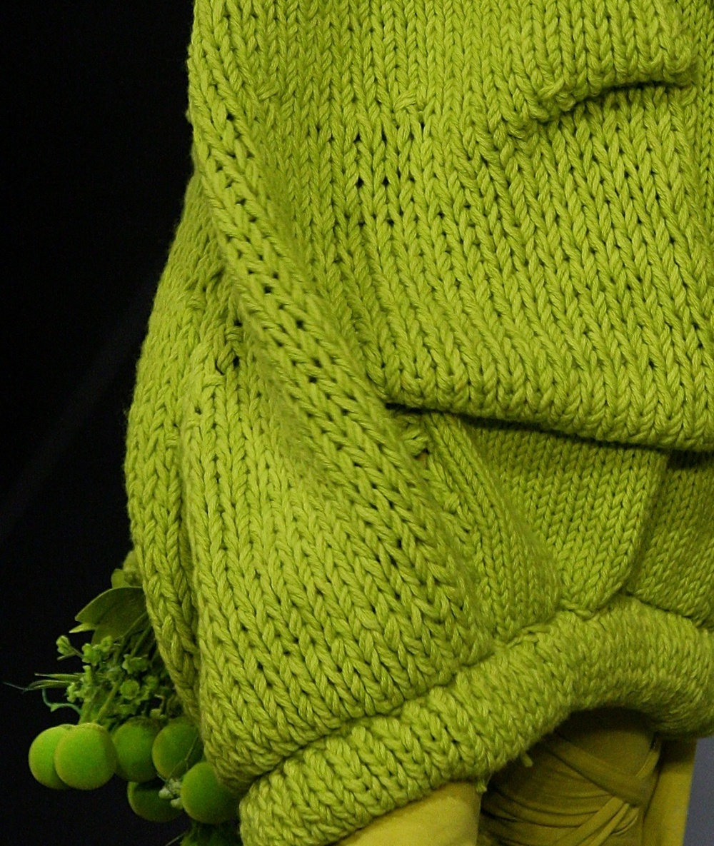 BRIGHT GREEN CROP_2.jpg