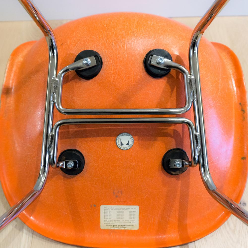 sm-eames-shell-chair-4.jpg