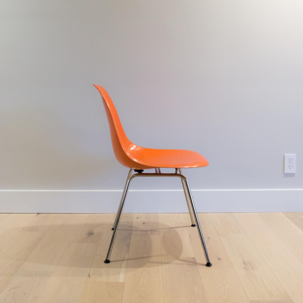 sm-eames-shell-chair-3.jpg