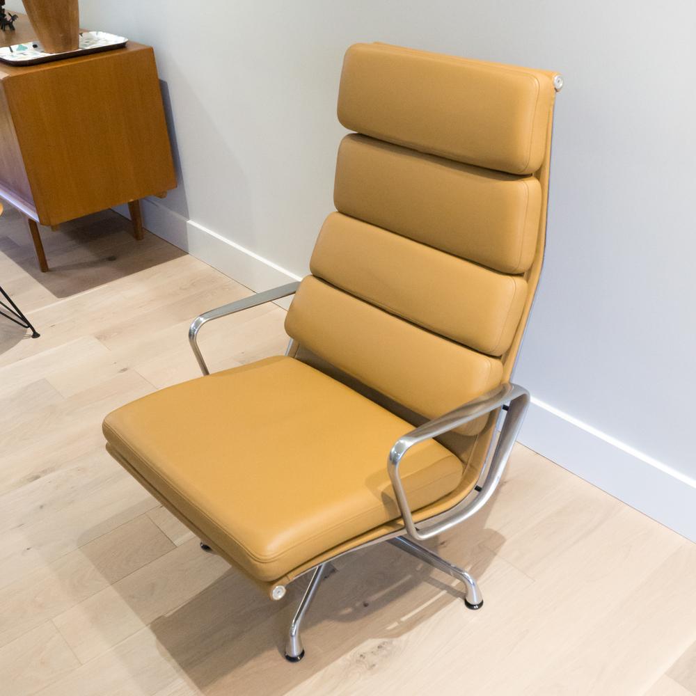 eames-lounge-1.jpg