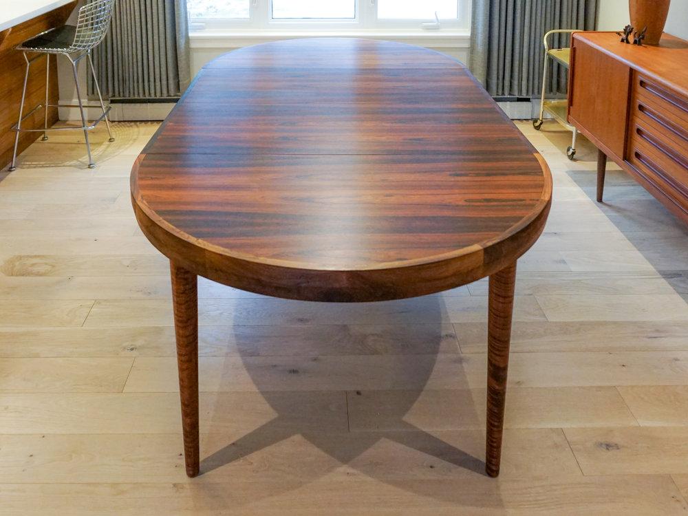 rosewood-round-dining-7.jpg