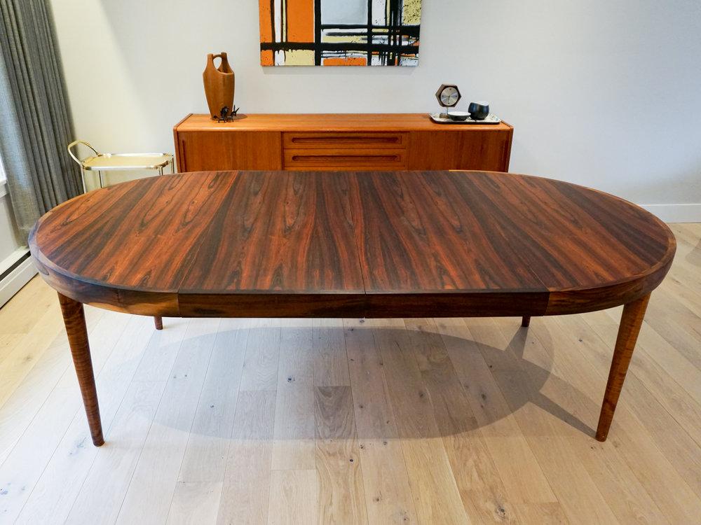 rosewood-round-dining-6.jpg