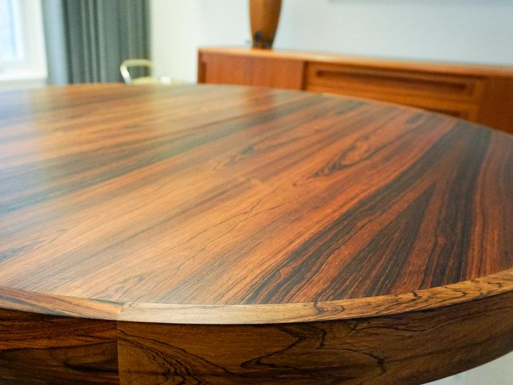 rosewood-round-dining-4.jpg