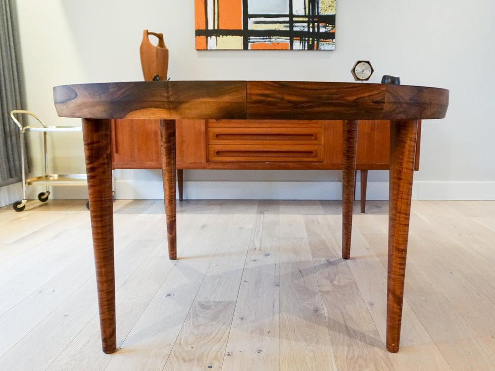 rosewood-round-dining-2.jpg