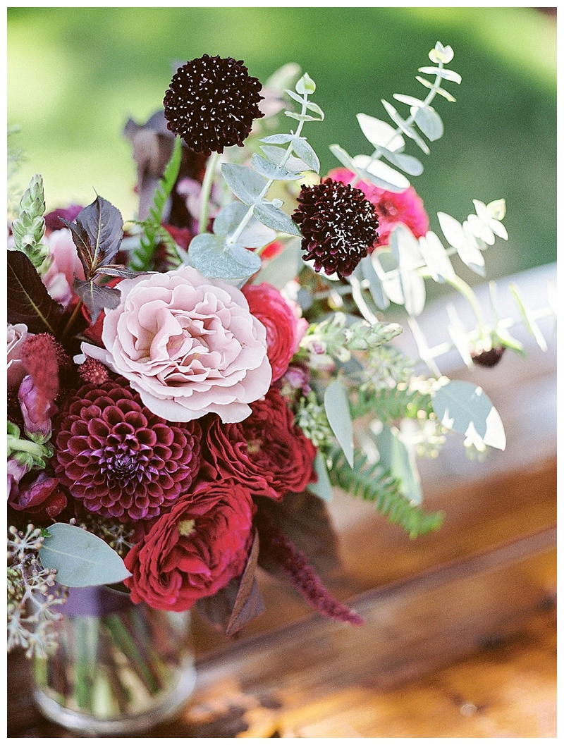 Oregon Wedding Flowers table