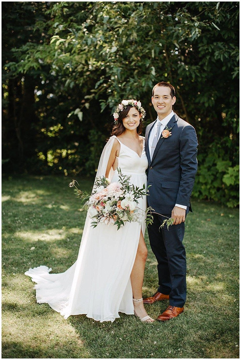 Oregon Wedding Flowers Bride and Groom