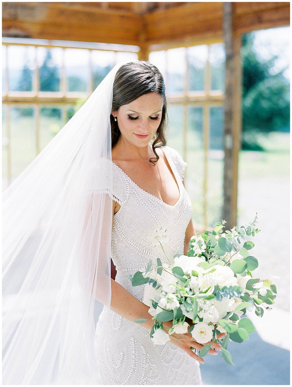 HoodRiver_Oregon_Wedding_Florist10.jpg