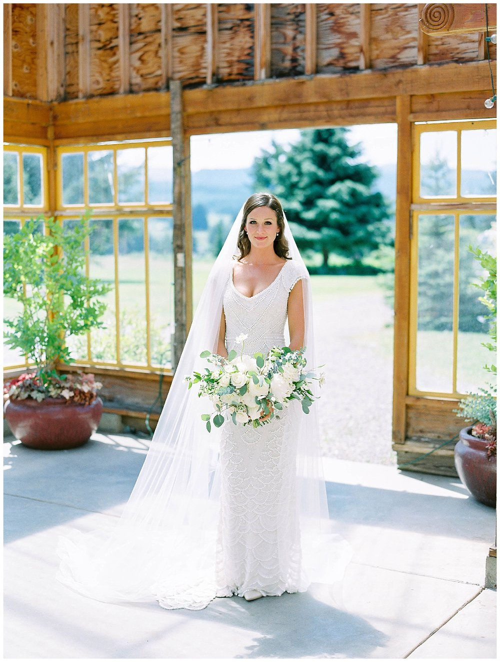 HoodRiver_Oregon_Wedding_Florist2.jpg