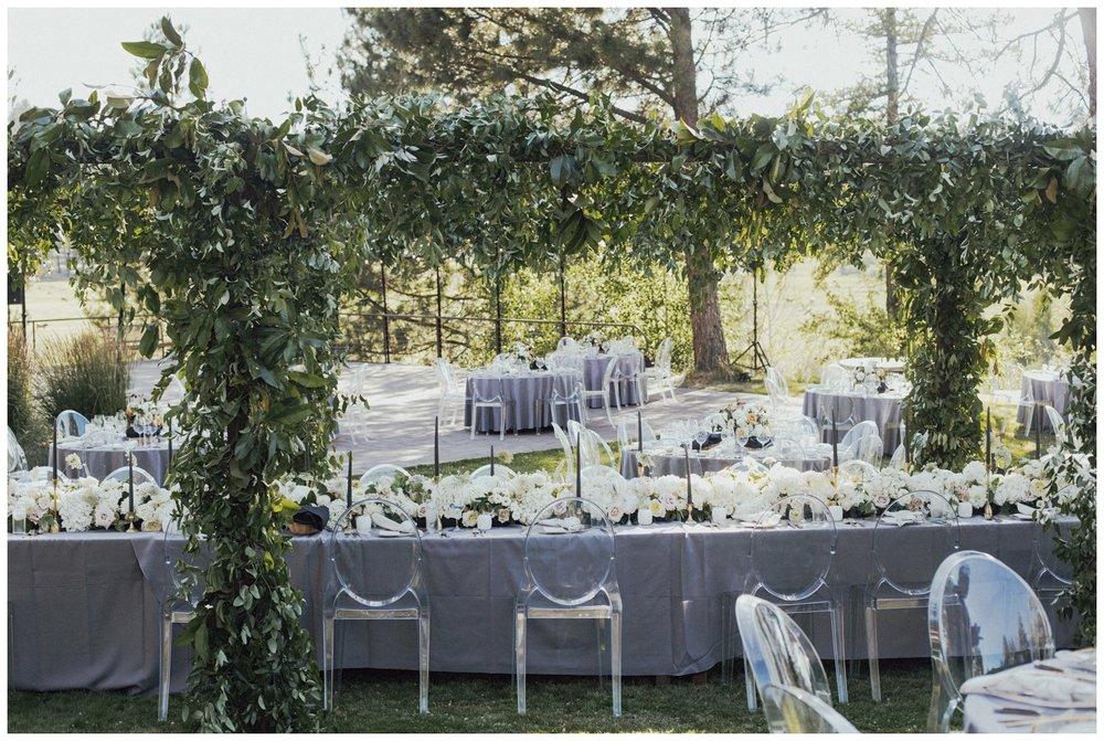 House_on_metolius_wedding_Portland_Wedding_Florist_Branch_and_Cole_Photography_9.jpg