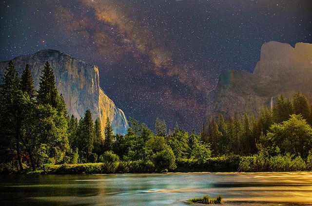 #yosemite #yosemitenationalpark #yosemitevalley #astrophotography #starphotography #rivers #waterfall #moonlight #naturephotography #milkyway #california