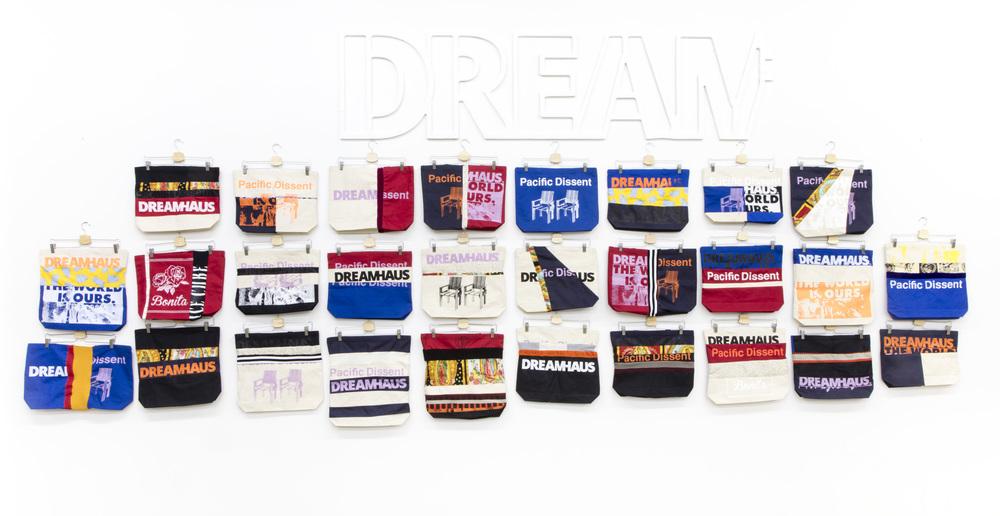 DREAMHAUS_ToyDrive2015-PopUps-2145.jpg