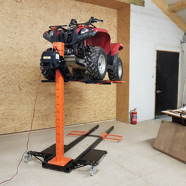 Get things going up! #garage #storagelift #prototype testing phase #flift