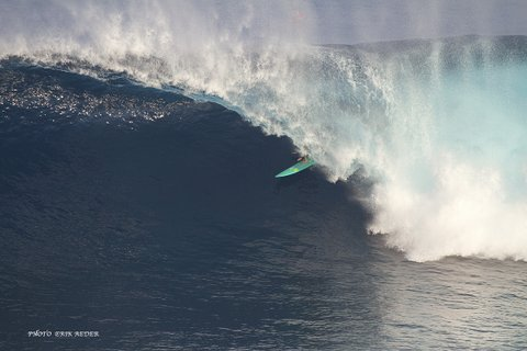 WOMEN WHO SURF - PAIGE'S PE'AHI PIT