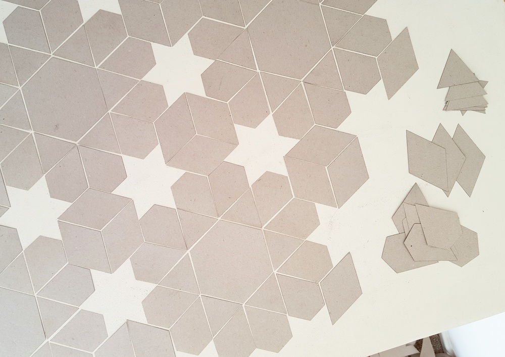 An example of a tiling pattern made with 4 shapes in the Shape Family Packs.