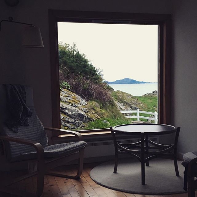 At this magical place I found everything I hoped Norway would be. Here we slept in, sprinted between sauna and icy fjord, drank wine in the sunshine, feet up on the white picket fence, the smell of dewy grass in our nostrils. Elbows on the dining table and stew on the stove top. I am so very grateful, Ivar and @smdv. Your hospitality knows no bounds and I am so grateful to have been on the receiving end of it.