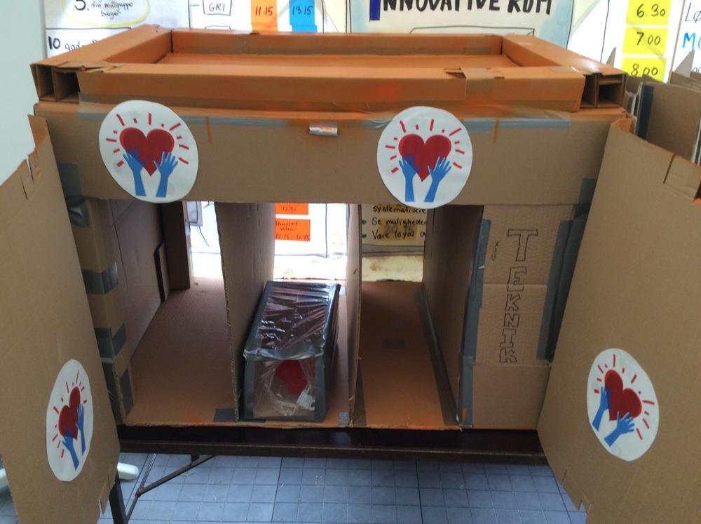 En malaria screening unit, som skal kunne hjælpe med at screene flygtninge i malaria ramte områder.