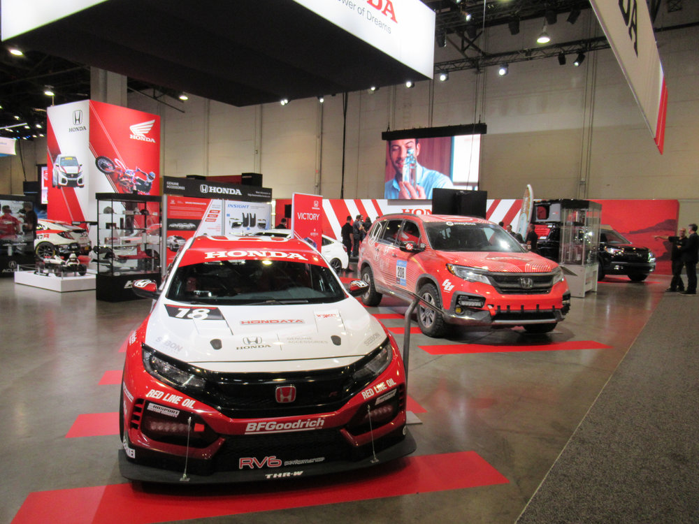 Left Corner view, Honda+Acura & GPJ, 2018