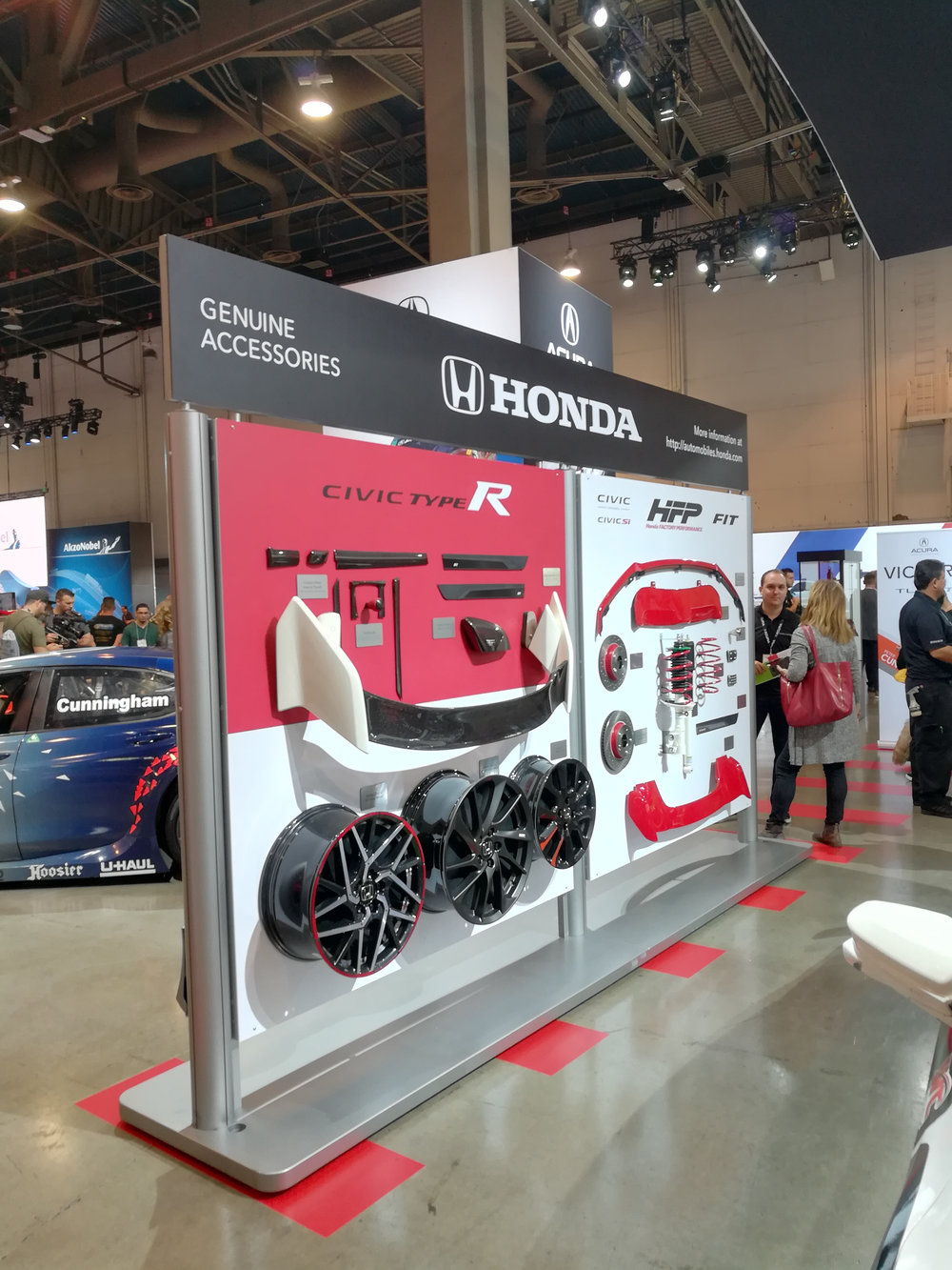 Product Accessory Display, Honda Side, Honda+Acura & GPJ, 2017