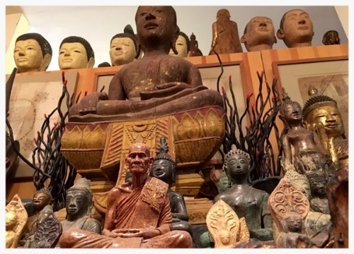 Buddhas-and-monks-copy.jpg