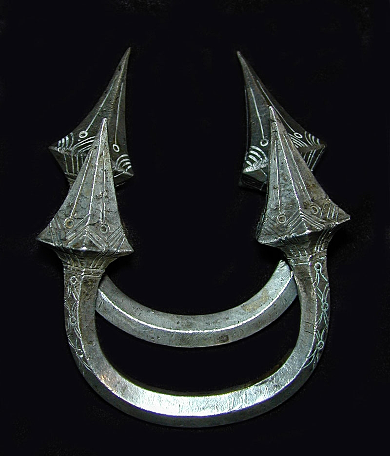 Silver bracelet pair, Burma, turn-of-the-century.