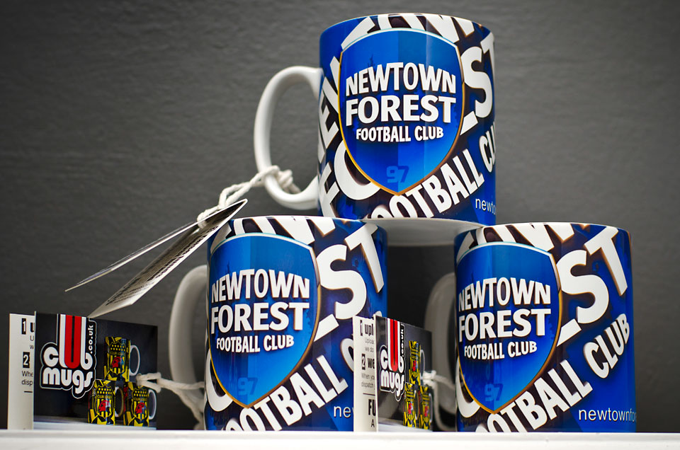 football-club-mugs-001.jpg