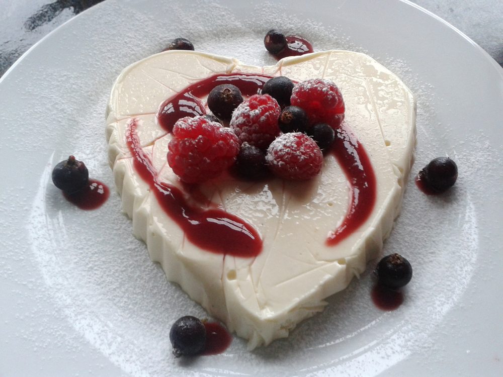 CC_Cheesecake_heart_home.jpg