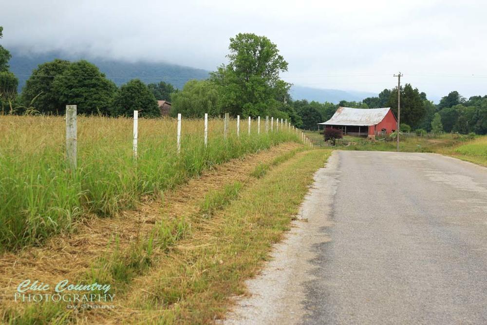 fence-barn_w.jpg