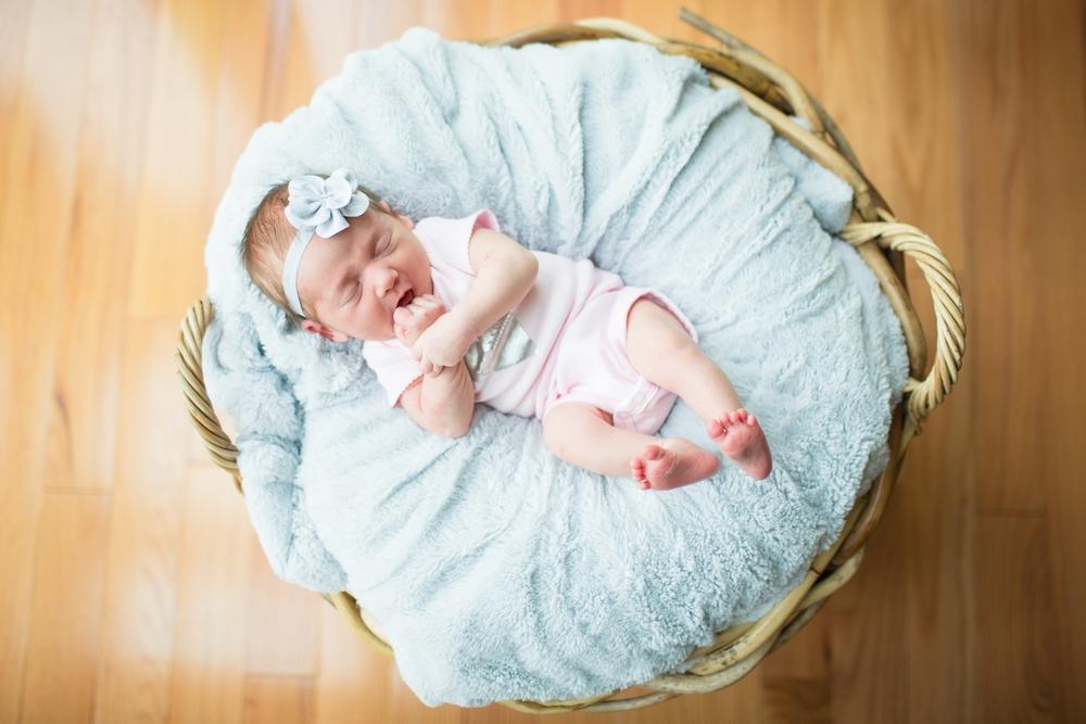Sadie Newborn 2015-20.jpg
