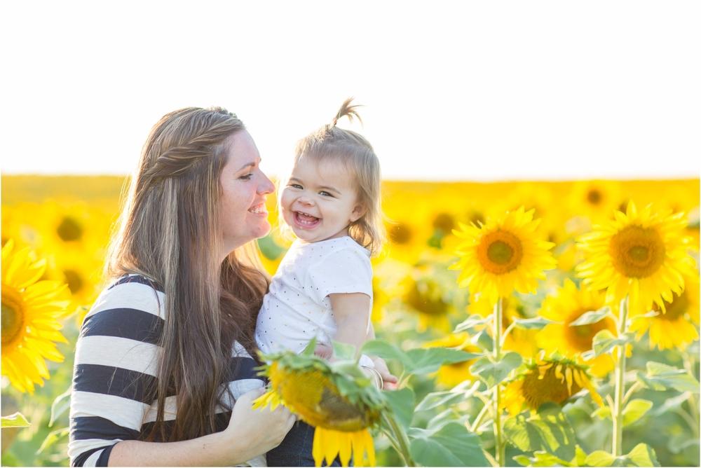 Jenny-Nick-Sunflowers-57.jpg