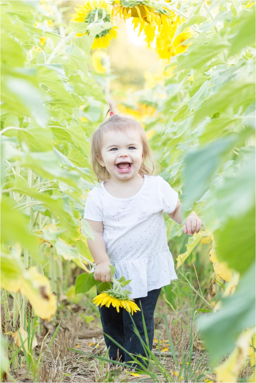 Jenny-Nick-Sunflowers-131.jpg