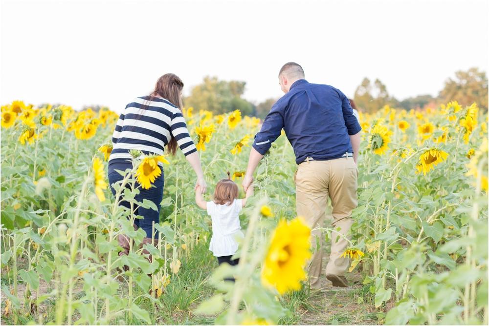 Jenny-Nick-Sunflowers-173.jpg
