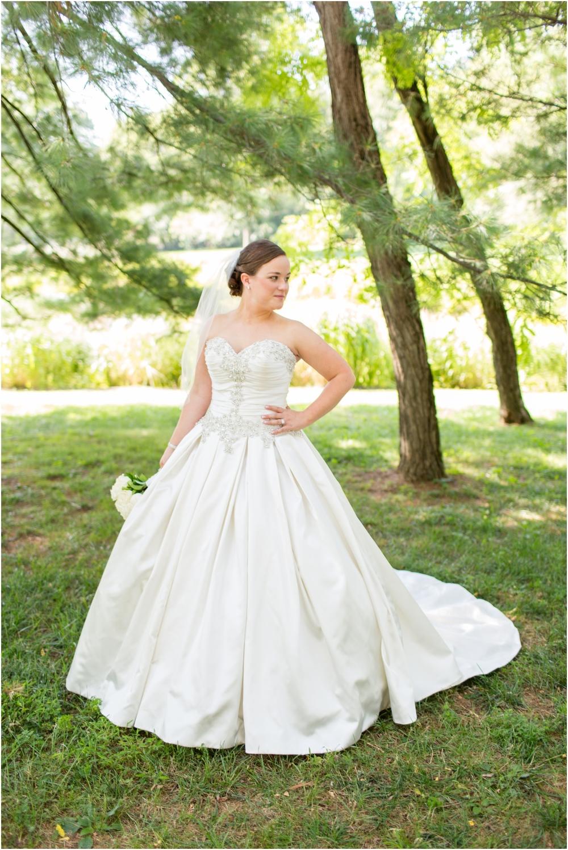 3-Bride-Groom-Portraits-Windsor-Wedding-655.jpg