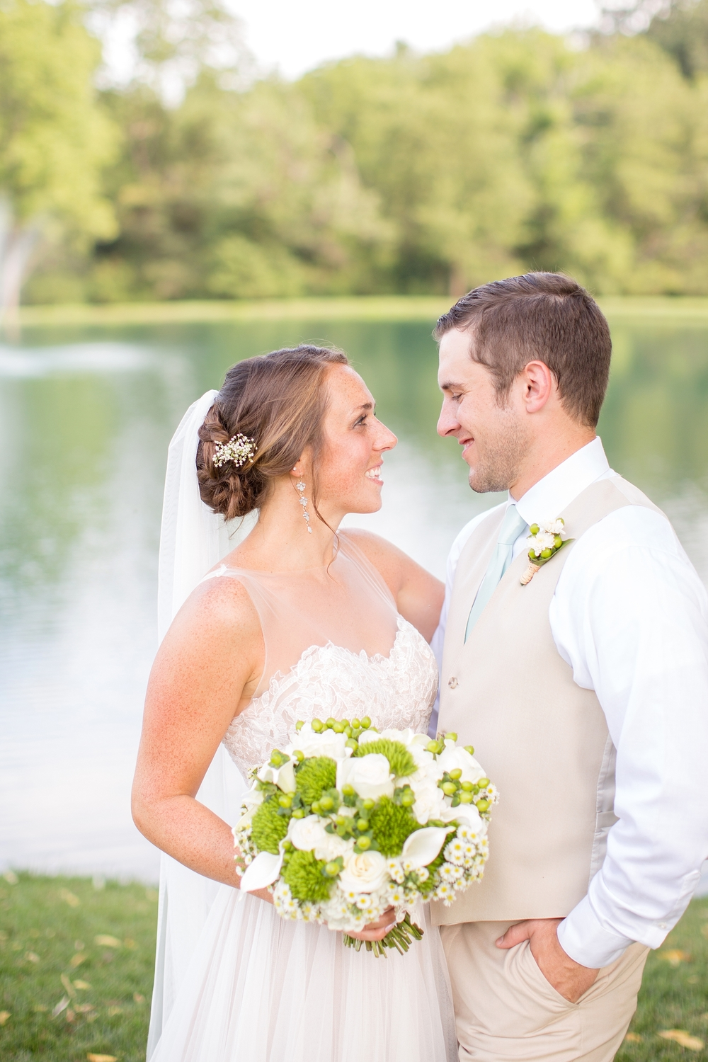 Herndon 5-Bride & Groom Portraits-669_anna grace photography baltimore maryland wedding photographer pond view farm photo.jpg