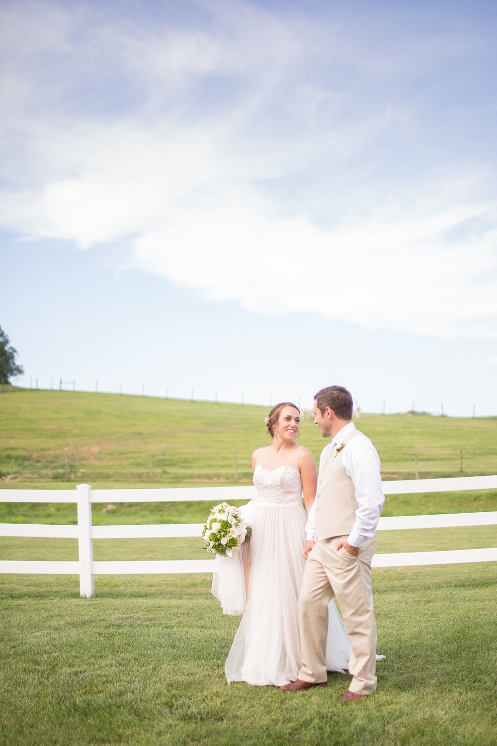 Herndon 5-Bride & Groom Portraits-806_anna grace photography baltimore maryland wedding photographer pond view farm photo.jpg