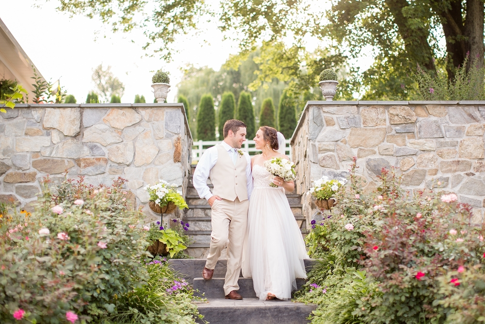 Herndon 5-Bride & Groom Portraits-868_anna grace photography baltimore maryland wedding photographer pond view farm photo.jpg