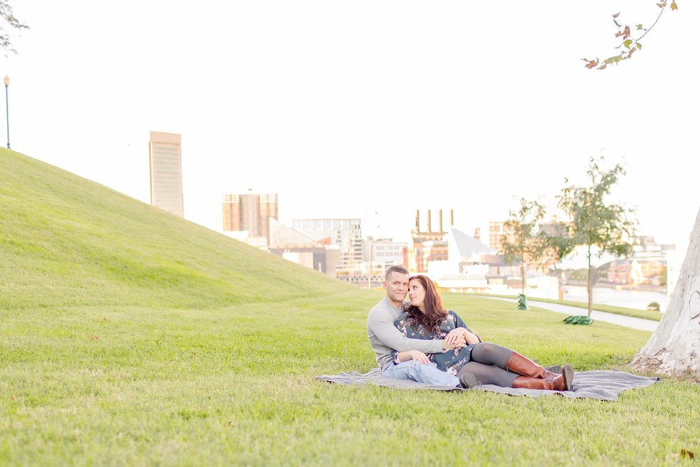 Mary Ellen & Tim Engagement-187_anna grace photography baltimore maryland engagement and wedding photographer downtown baltimore engagement photo.jpg