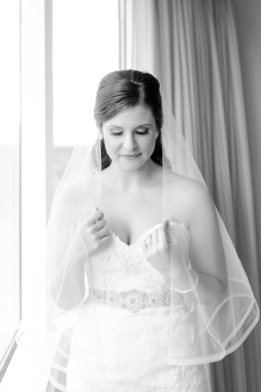MacDonald 1. Getting Ready-219_anna grace photography leesburg virginia wedding photographer lansdowne resort wedding photo.jpg