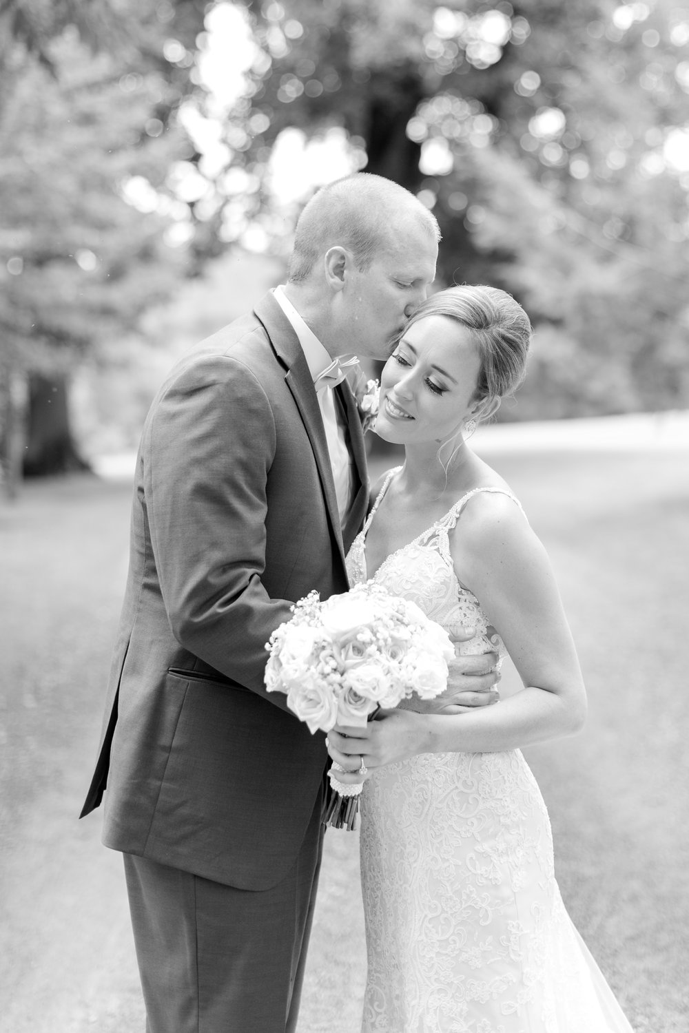NORMAN WEDDING HIGHLIGHTS-199_whitehall-manor-estate-wedding-photography-virginia-wedding-photographer-anna-grace-photography-photo.jpg