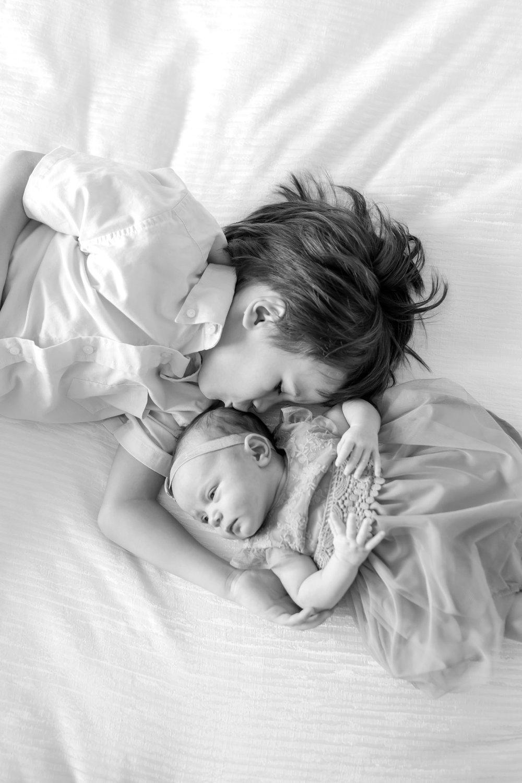 Manvilla Newborn-122_baltimore-maryland-newborn-family-photographer-anna-grace-photography-photo.jpg