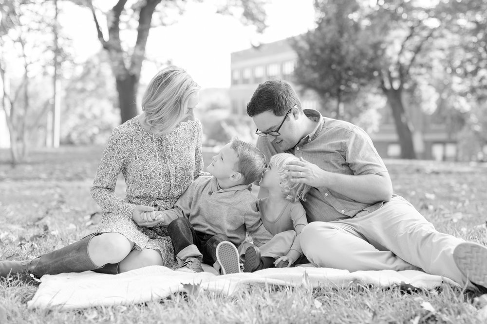 Siemen Family-118_baltimore-maryland-family-photographer-federal-hill-photography-anna-grace-photography-photo.jpg
