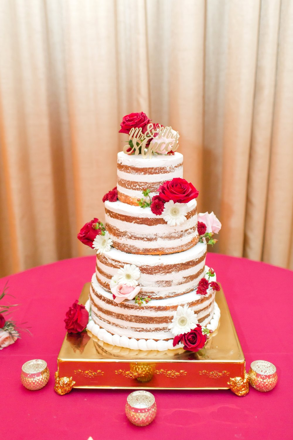 This naked cake created by   Blue Dolfin Sweets   is amazing!