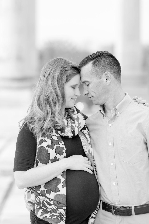 Meg and Paul Maternity-114_dc-arboretum-virginia-maternity-photography-anna-grace-photography-photo.jpg