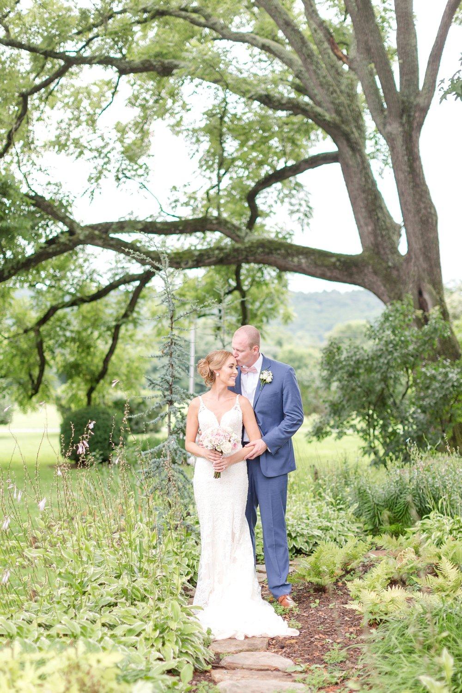 NORMAN WEDDING HIGHLIGHTS-202_maryland-and-virginia-wedding-photographer-anna-grace-photography-photo.jpg
